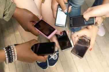 Мобильные телефоны и смартфоны: различия