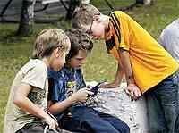 Этим летом многие дети будут предоставлены сами себе